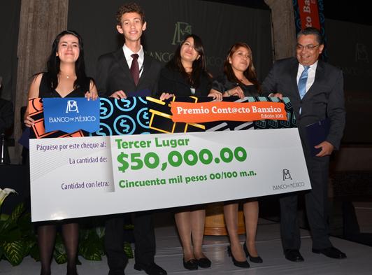 """El tercer lugar fue para los representantes del Colegio Nacional de Educación Profesional Técnica """"Dr. Belisario Domínguez Palencia""""."""